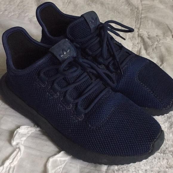 newest 346f4 91a15 Midnight Blue Tubular Adidas Shadow